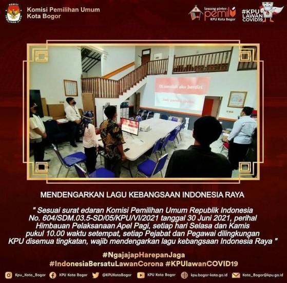 MENDENGARKAN LAGU KEBANGSAAN INDONESIA RAYA