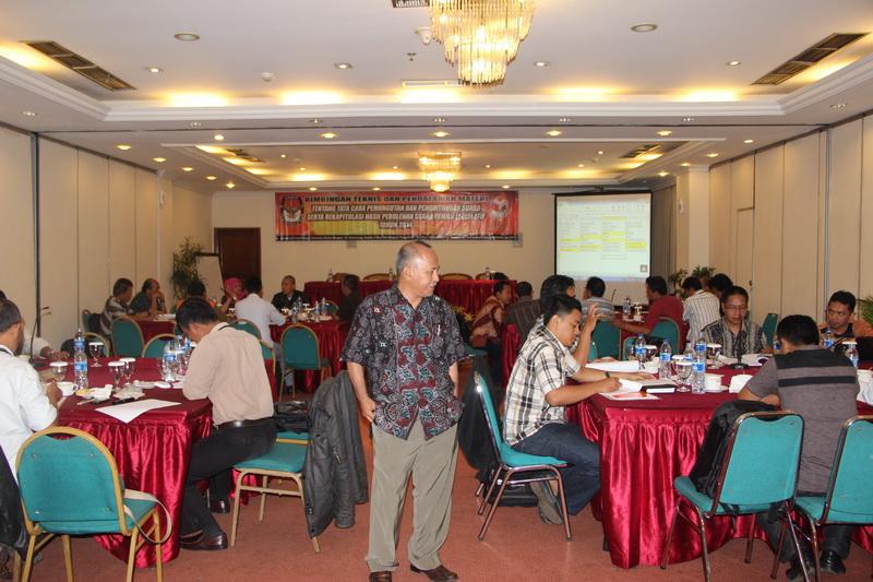 BIMBINGAN TEKNIS DAN PENDALAMAN MATERI  DALAM MEMPERSIAPKAN PEMILU 2014