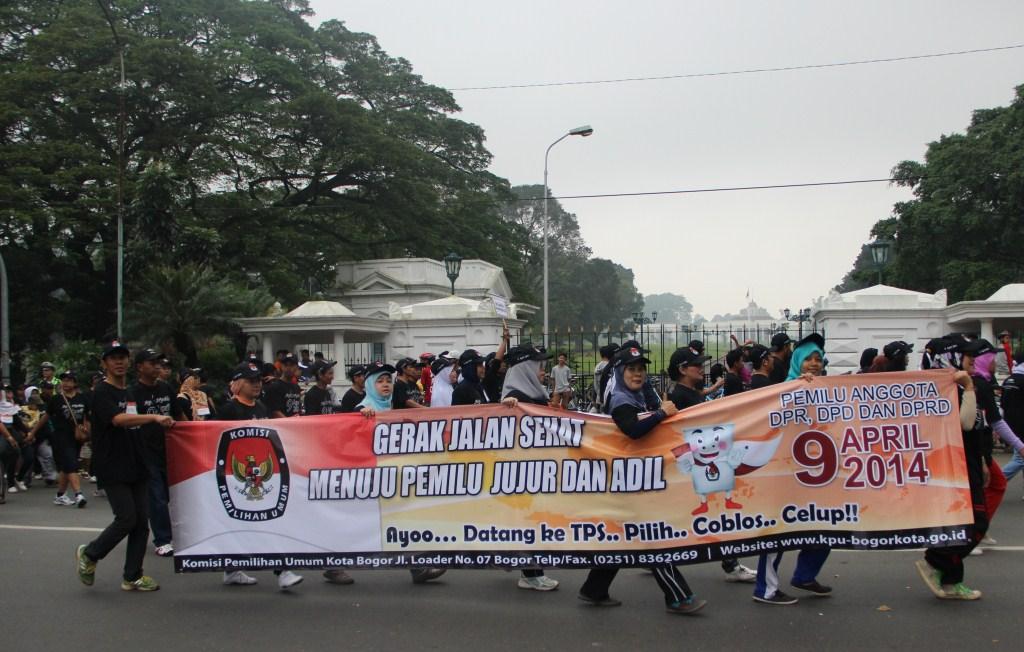 GERAK JALAN SEHAT MENUJU PEMILU LEGISLATIF TAHUN 2014